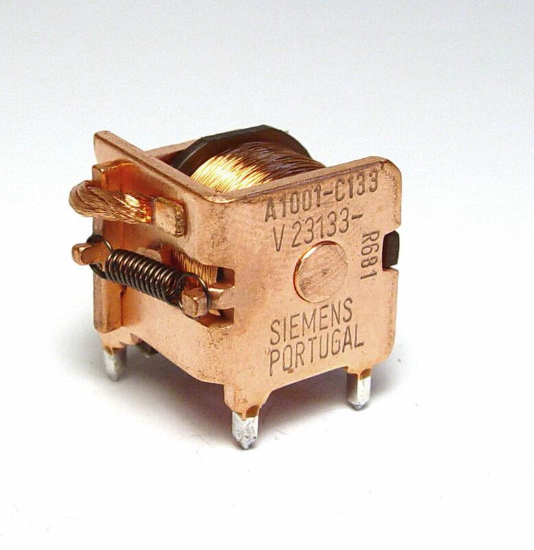 RelaisV23133-A1001-C133a.JPG
